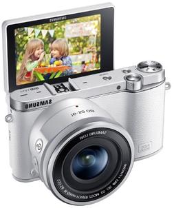 Samsung NX3000 Wireless Smart 20.3MP Mirrorless Digital Came